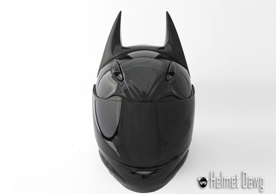 wheel media web design2 Charlotte is Your BatMobile with This Batman Themed Helmet